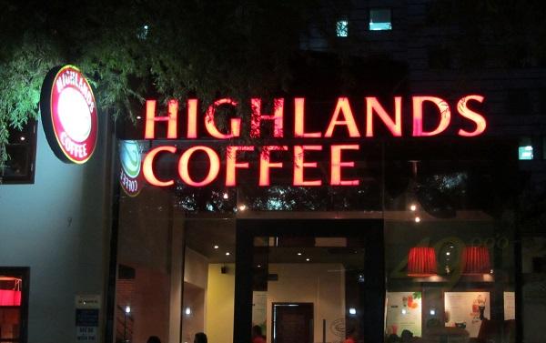 lam bang hieu quan cafe